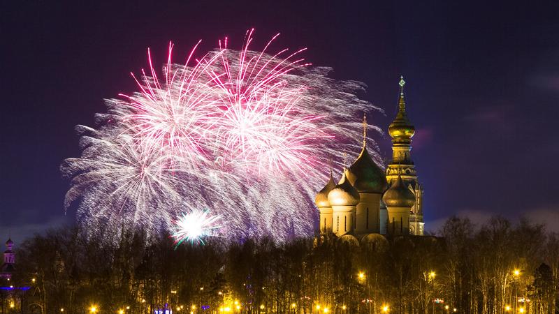 В Новогоднюю ночь вологжан ждет многоуровневый салют