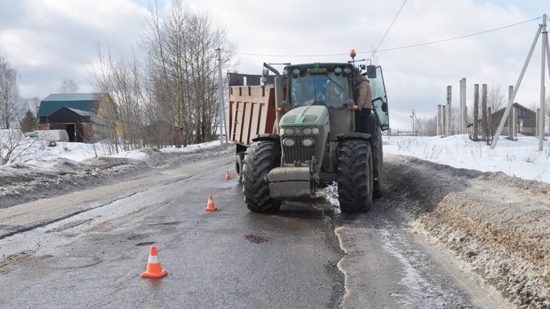 В Вологодском районе трактор сбил пожилую женщину