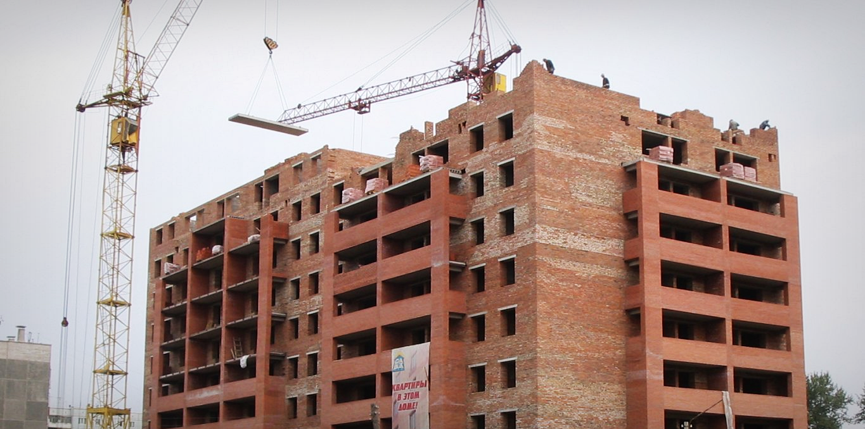 Девять домов на Вологодчине достроят за счет инвесторов