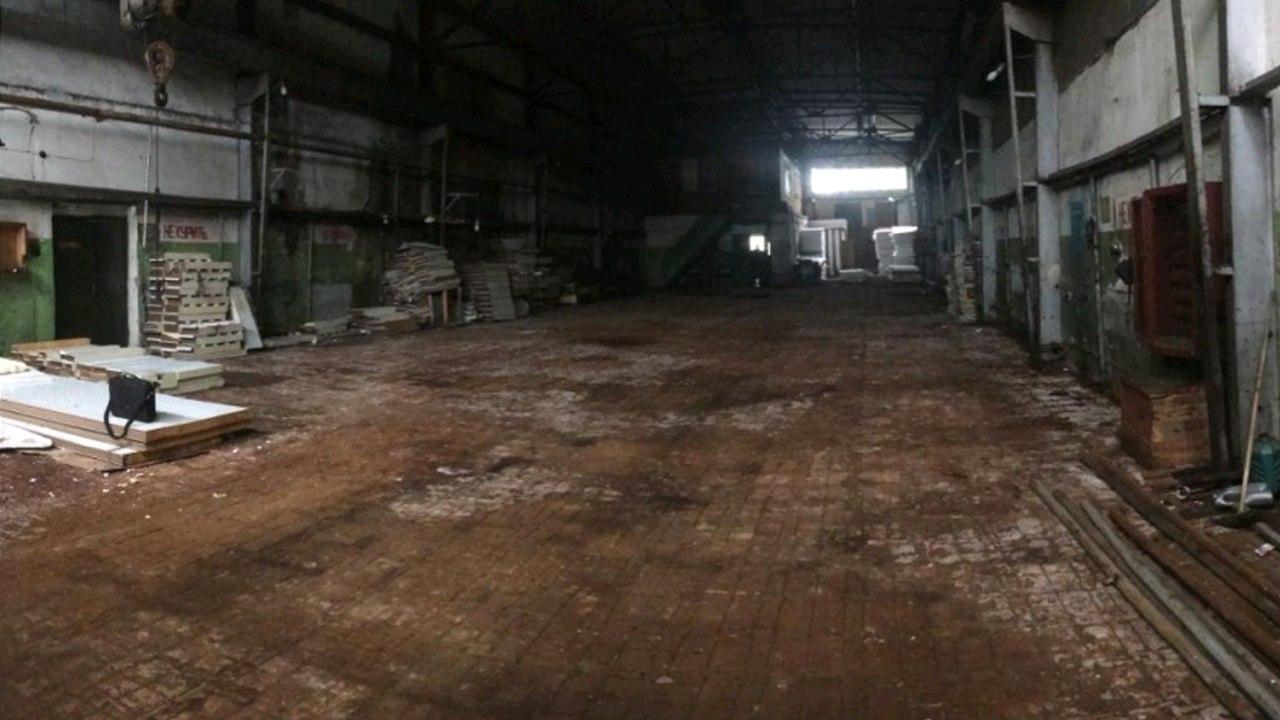 Вологжанин обокрал склад с чугунными плитами на полмиллиона рублей