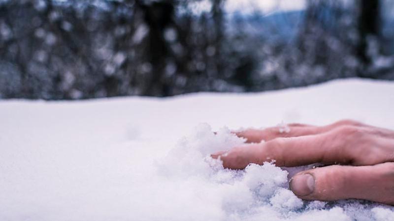 В Устюжне насмерть замерзла молодая женщина