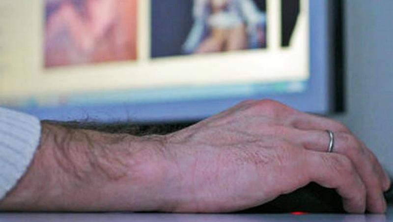 Вологжанин разместил порнографию вконтакте
