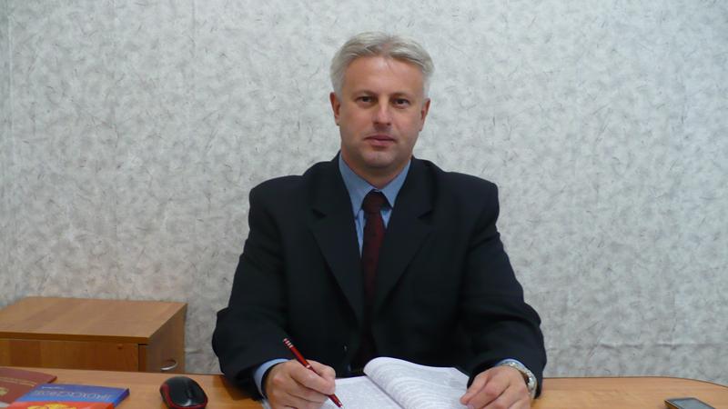 Главу поселения Вологодского района оштрафовали за то, что не решил проблему с дорогой