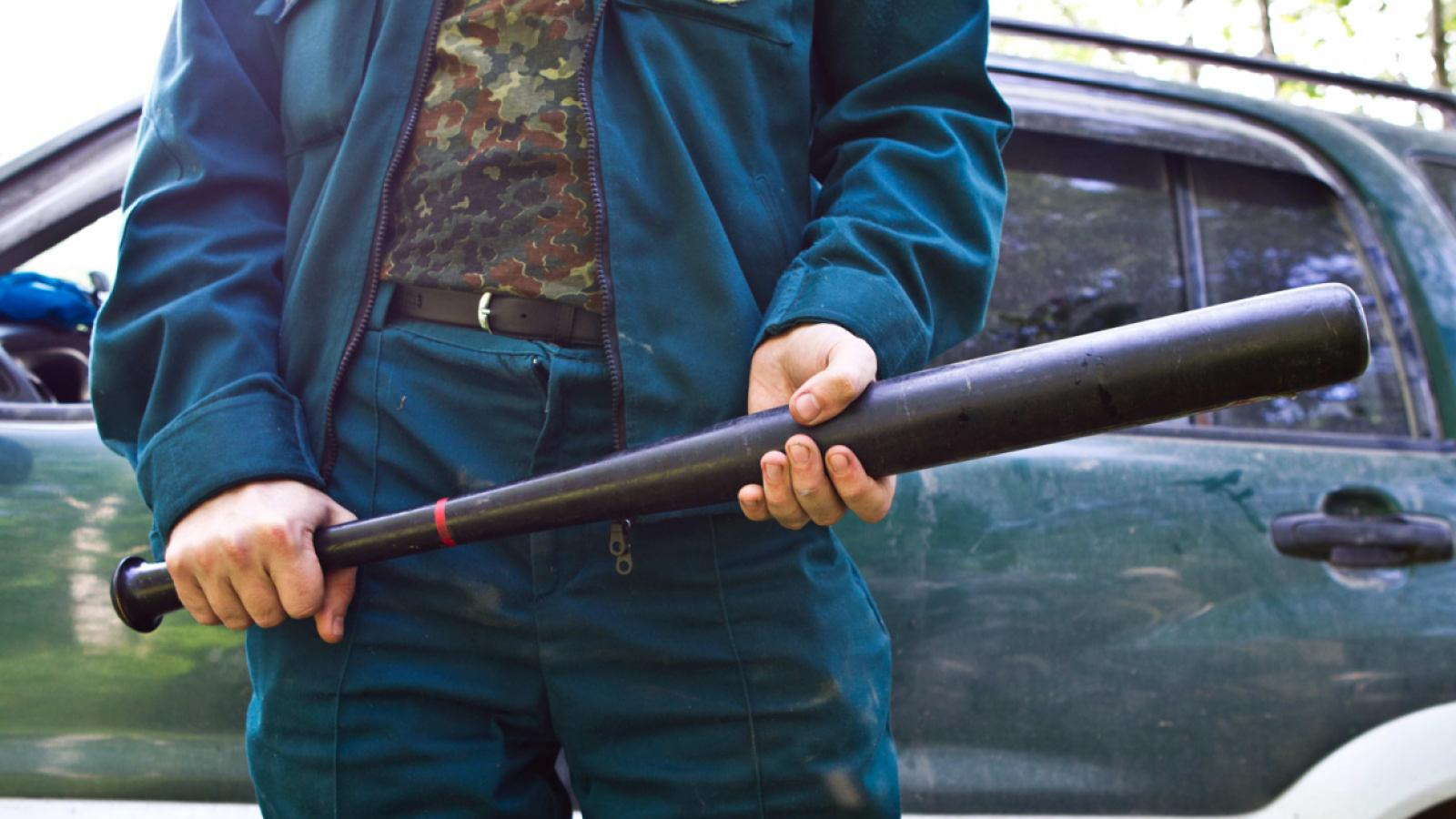 На Вологодчине дачник из Санкт-Петербурга битой забил соседа до смерти