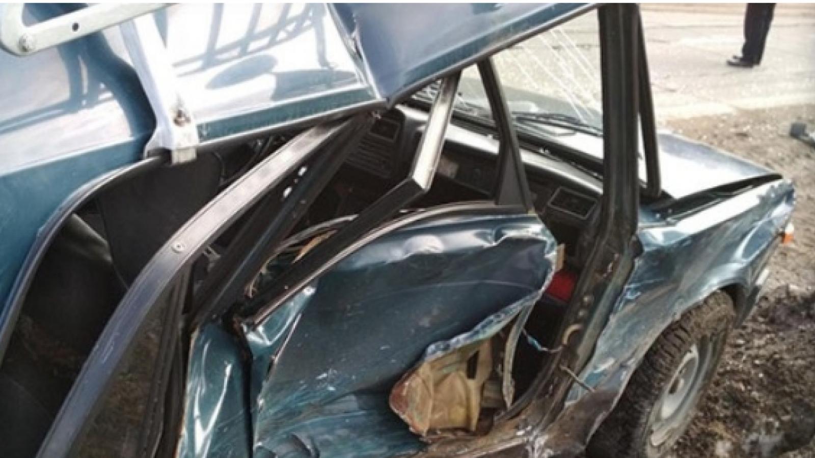 Два легковых автомобиля столкнулись под Грязовцем
