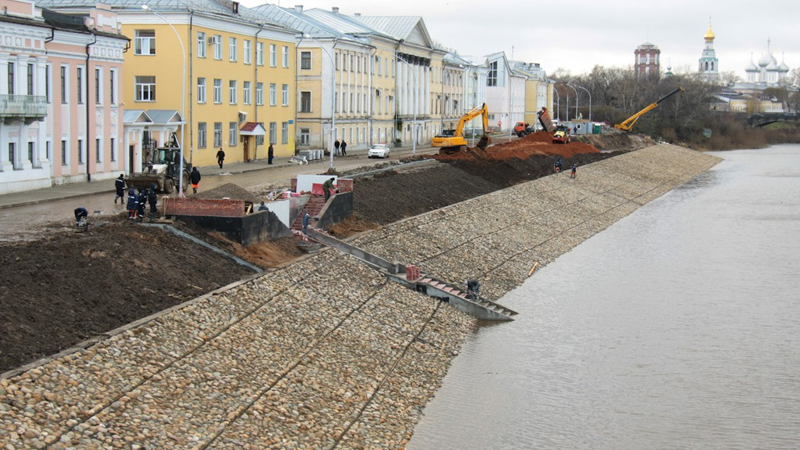 До 20 июня подрядчик должен закончить благоустройство новой набережной