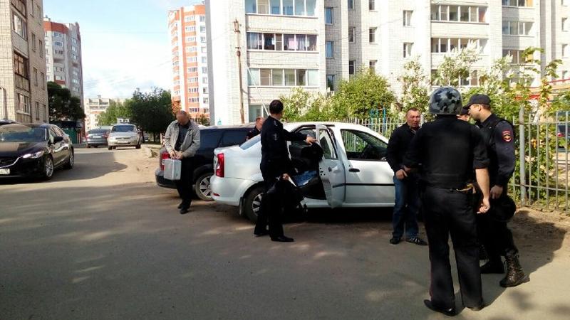 Велосипедист стрелял из травматики в вологодского оппозиционера