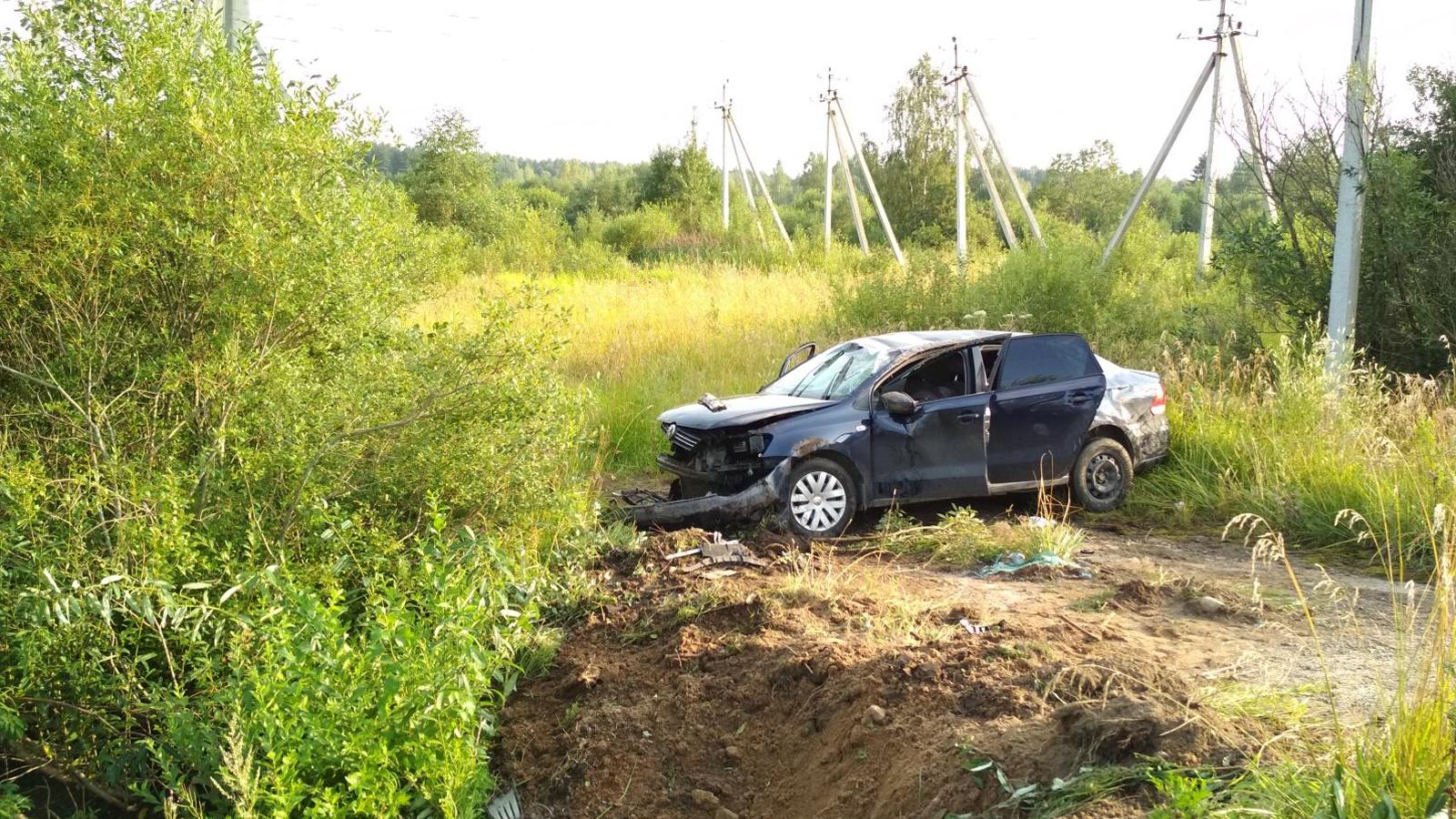 Попытка обгона стоила 33-летнему водителю жизни
