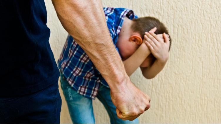 Череповчанка заявила об истязаниях племянника в приёмной семье