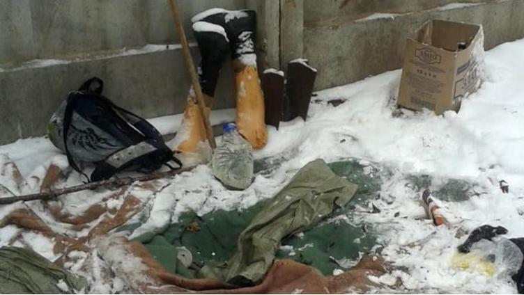 В Череповце у школы №16 нашли труп