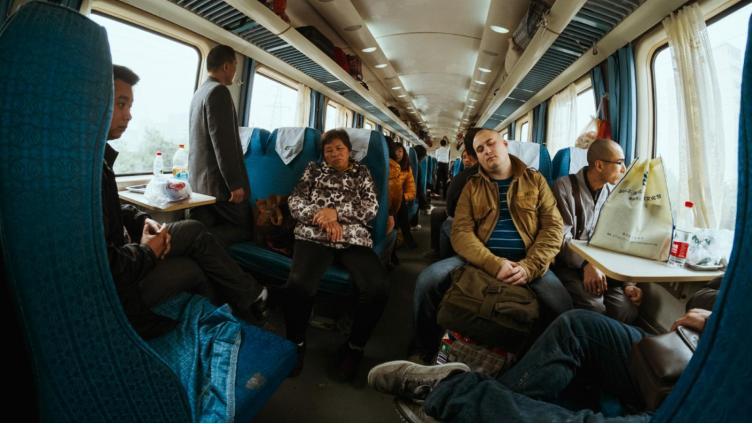 В скором поезде Вологда-Москва появится сидячий вагон