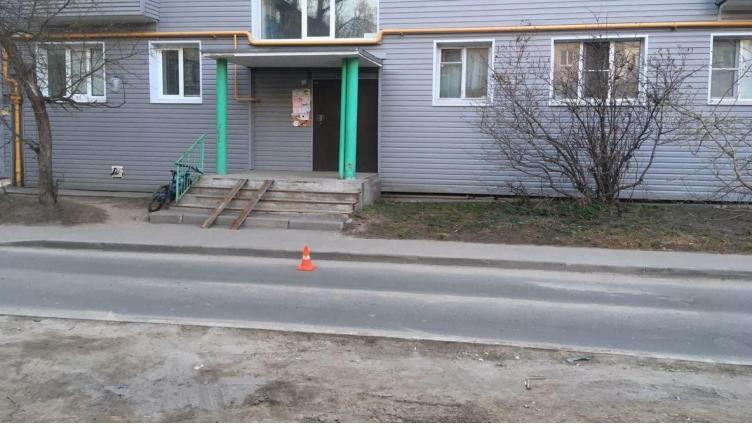 В Вологде во дворе сбили ребенка