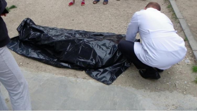 Череповчанин погиб при падении с 8-го этажа