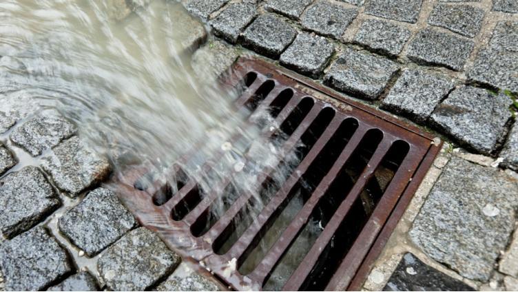 В Вологде продолжается откачка воды из дренажных систем