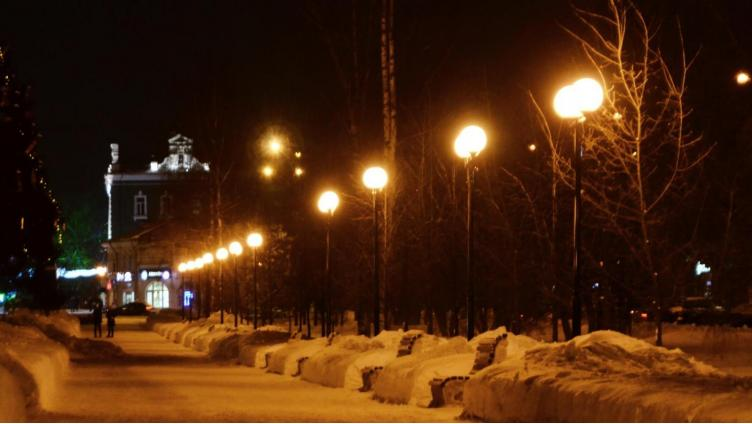 Новое освещение установили на проспекте Победы в Вологде