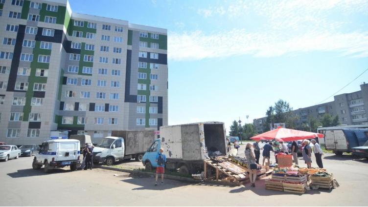 В областном центре в Водниках у предпринимателя изъяли более 400 кг овощей и фруктов