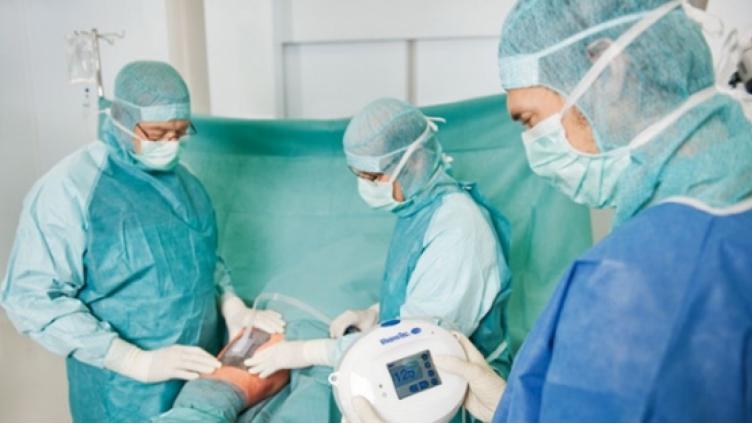 В Медсанчасти «Северстали» врачи будут лечить раны вакуумными повязками