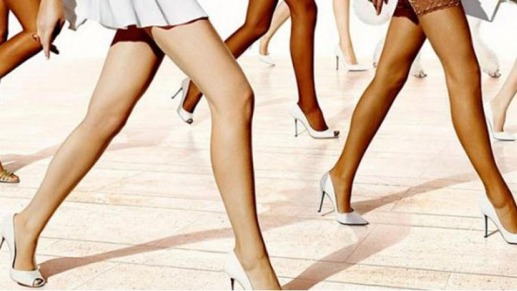 Почему итальянские стилисты запрещают телесные колготки