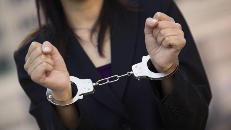 Молодую  череповчанку приговорили к 3 годам колонии за избиение прохожего