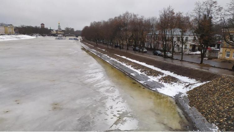 Суд продлил сроки берегоукрепления набережной Вологды