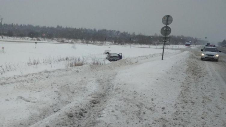 Под Соколом водитель умер прямо за рулём
