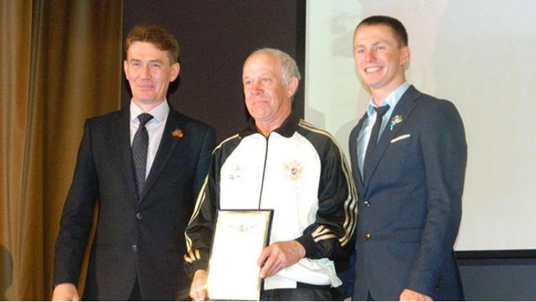 Олимпийский чемпион Денис Спицов вручил награды вологжанам