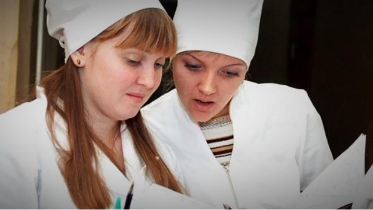 Студентов-медиков отправляют в больницы