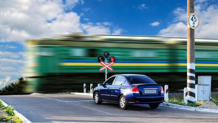 Штраф за нарушение пересечения железнодорожного переезда увеличится в 5 раз
