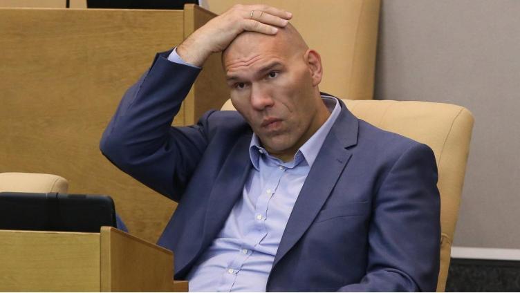 Из Госдумы уберут актёров и спортсменов?