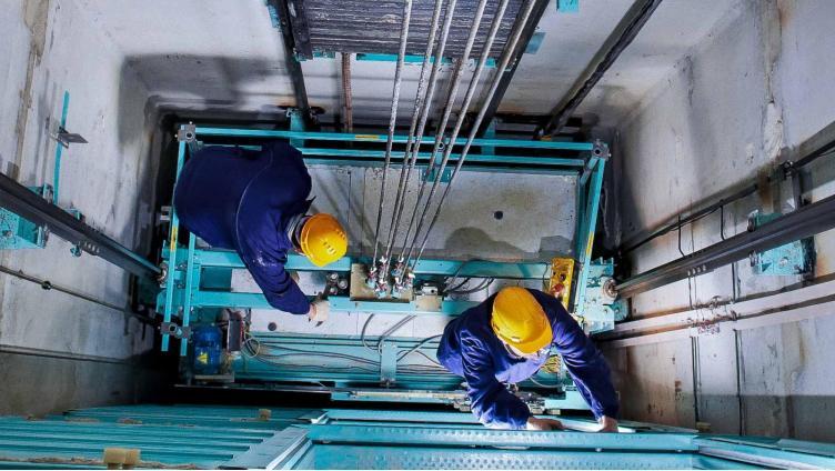 В Череповце начался капитальный ремонт многоквартирных домов