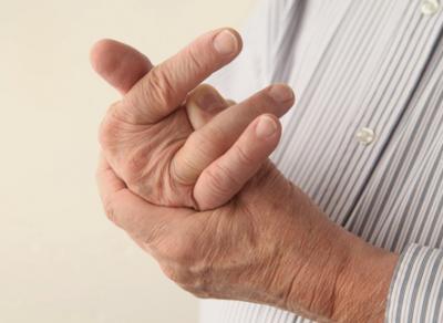 Хруст пальцев положительно влияет на здоровье людей