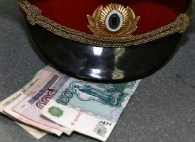 Офицер Вологодского института права и экономики 5 лет брал взятки с курсантов