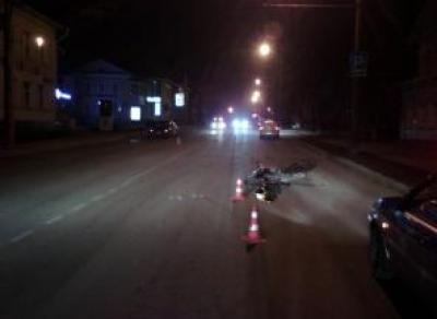ДТП с участием мотоцикла: водитель и пассажирка в больнице
