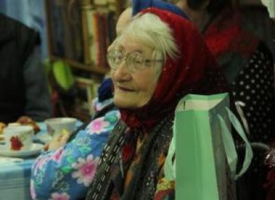 Для вологодских пенсионеров собирают сладости