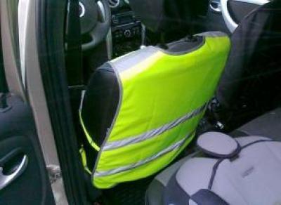 С 18 марта у водителей должен быть при себе светоотражающий жилет