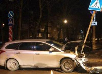 В Череповце произошла крупная авария с участием молодой девушки