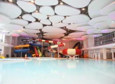 Современный аквапарк открыли под Вологдой