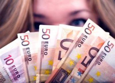 Самый женский кредитор в Латвии