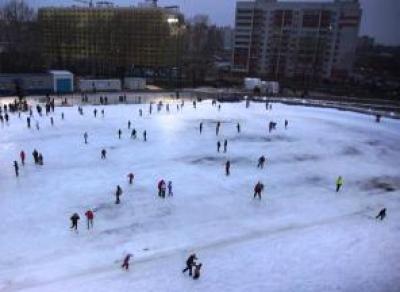 В эти выходные вологжане смогут посетить каток на «Локомотиве»