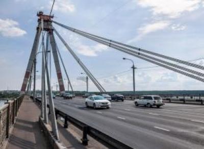 Череповчанин хотел спрыгнуть с Октябрьского моста