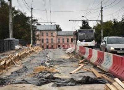 Подрядчика ремонта Октябрьского моста оштрафовали на 100 тысяч