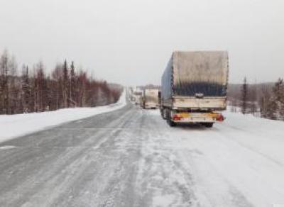 ДТП под Соколом: перекрыли движение по трассе М8