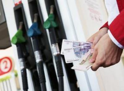 За 2018 год бензин подорожал на 9,4%