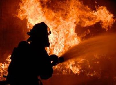 Пожар в многоэтажном доме: женщина пострадала