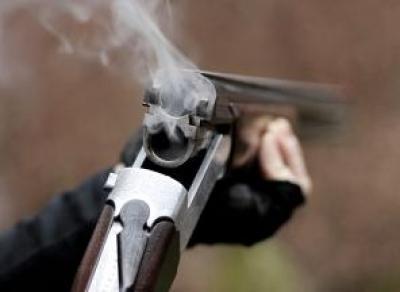 Шекснинец убил свою жену, ранил полицейского и покончил жизнь самоубийством