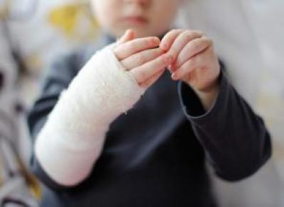 Полуторагодовалый ребенок получил серьезную травму в частном детсаду