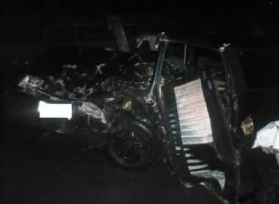 Лобовое столкновение на Чернышевского: водитель сломал обе ноги