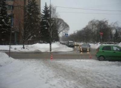 В центре Вологды иномарка сбила девушку