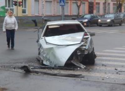 Названы самые опасные перекрестки и участки дорог в Вологде