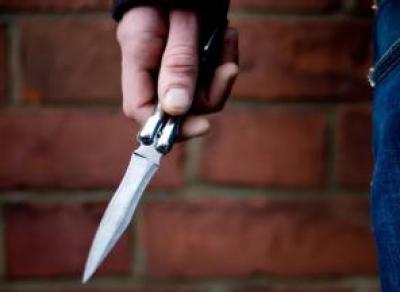 Вологжанин с ножом напал на сотрудника ГИБДД